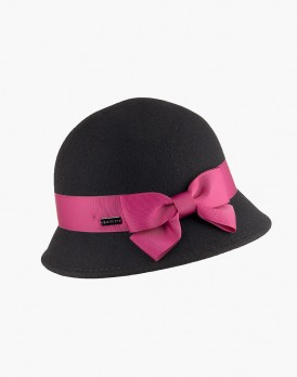 Black Round Cap